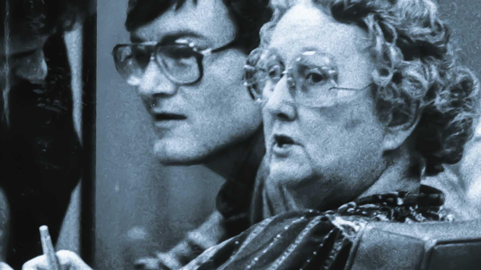 Virginia McMartin e il nipote Ray Buckey durante il processo