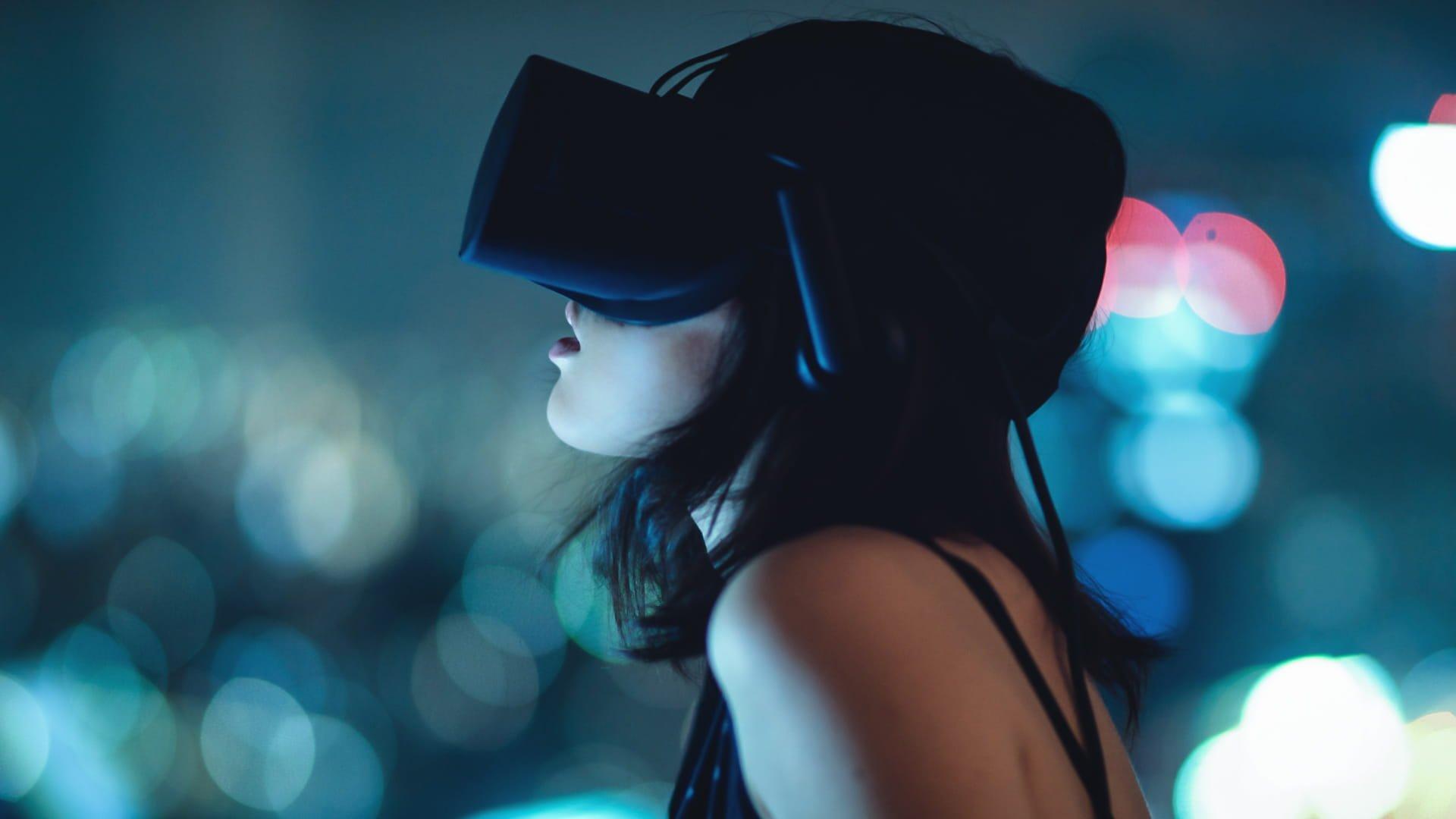 Il porno virtuale può essere usato per la terapia di coppia