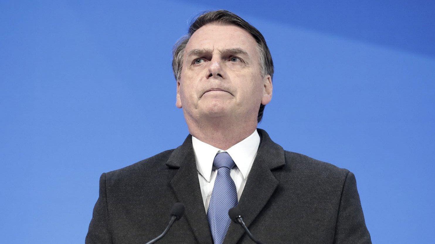 Bolsonaro ignora i problemi dell