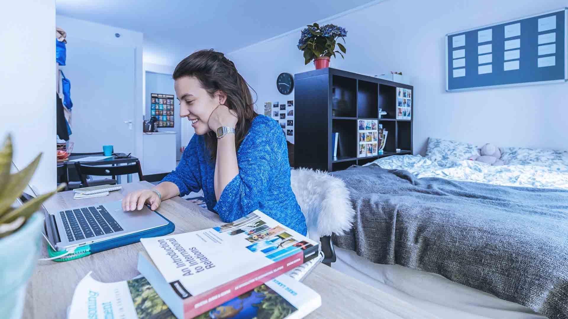 Un anno da studente può costare fino a 15.000 euro
