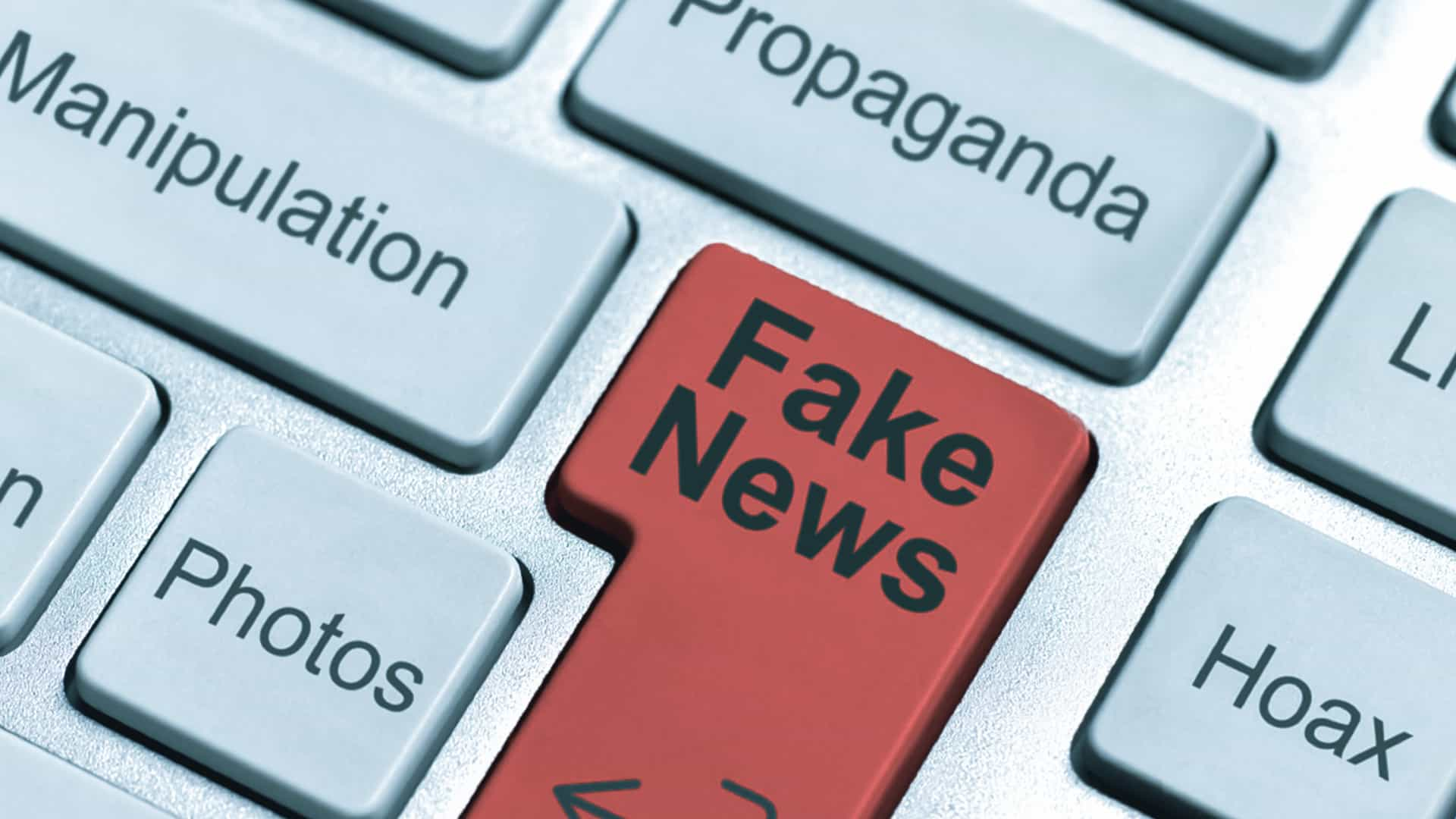 Facebook ha da poco chiuso 23 pagine di odio e fake news, ma è solo l