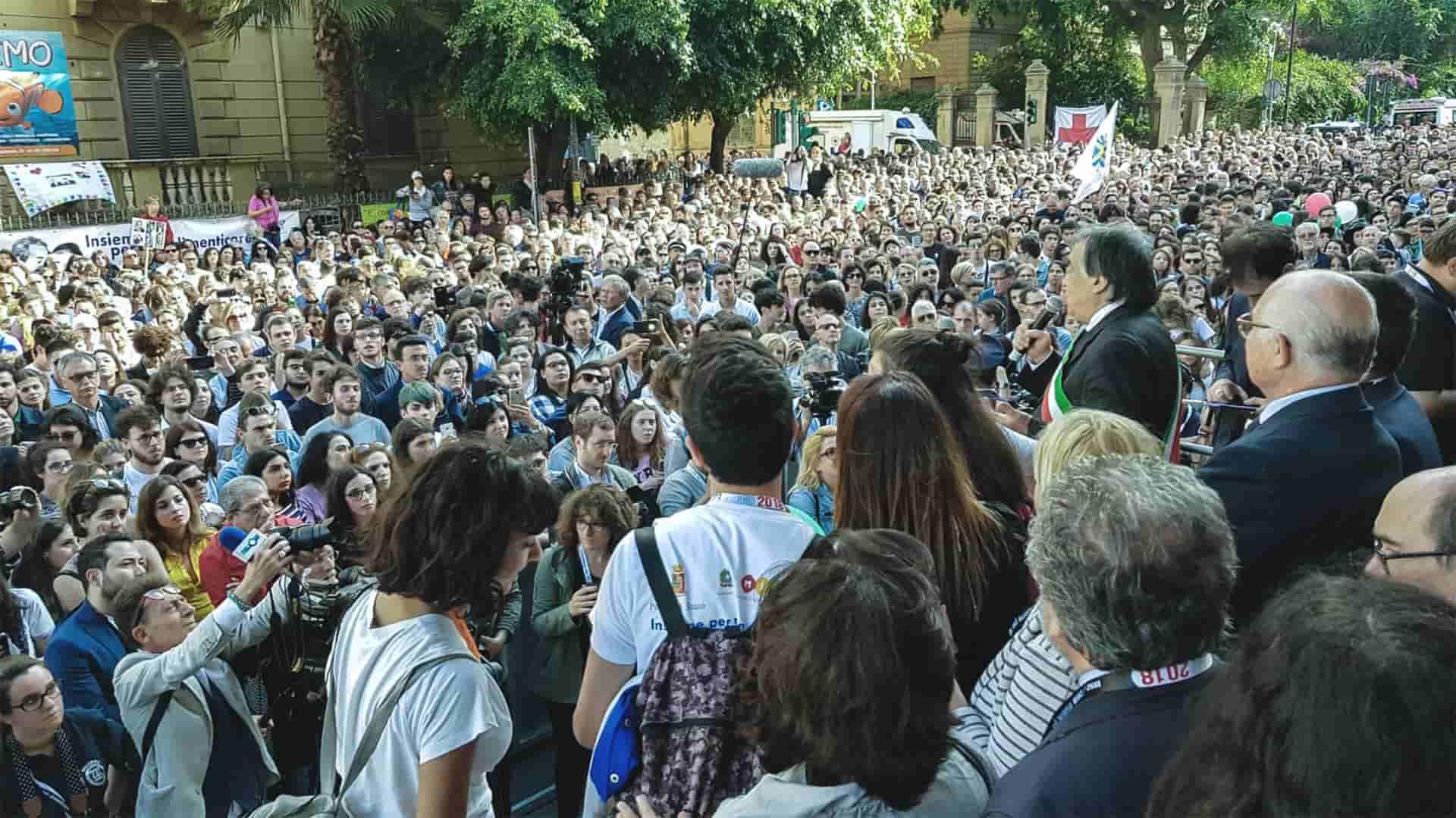 Commemorazione al memoriale di Giovanni Falcone