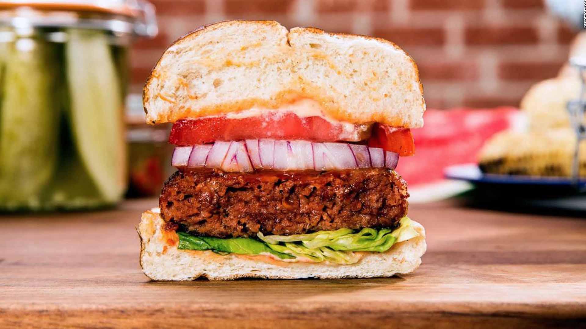 Anche i grandi fast food stano vendendo Beyond Meat