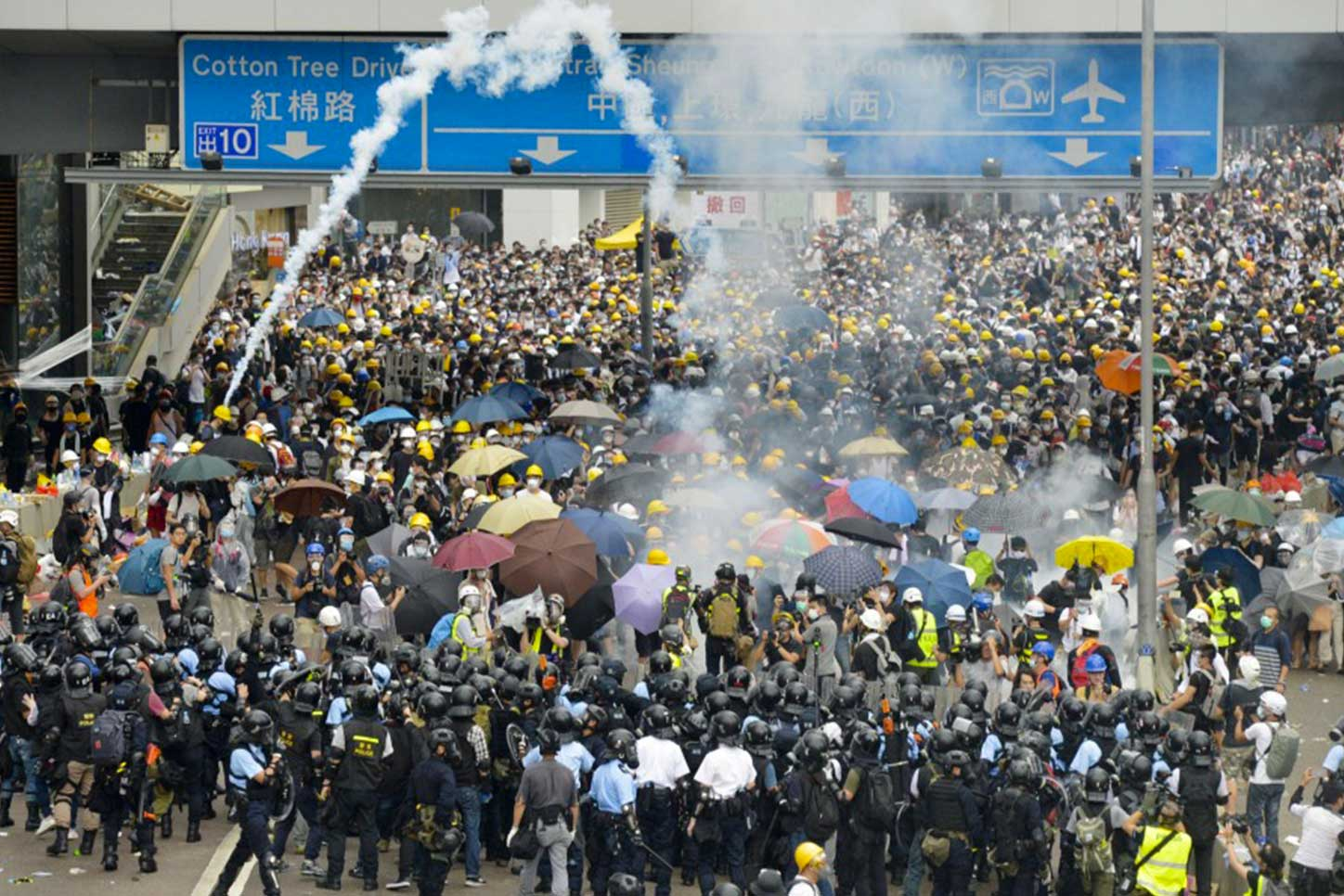 studente protesta hong kong