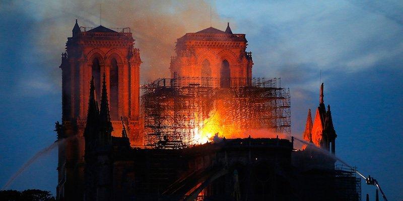 Notre-Dame incendio