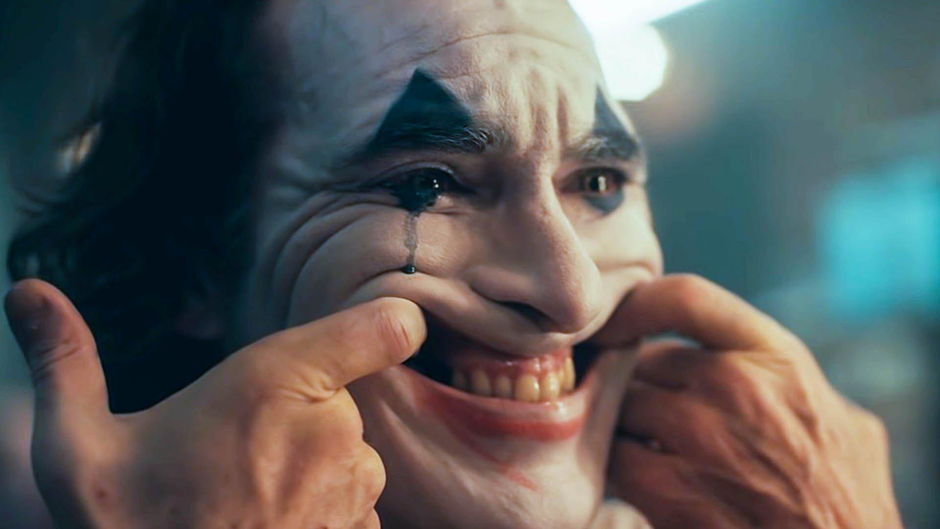 Il film è composto dai frammenti della mente violenta e sofferente di Joker