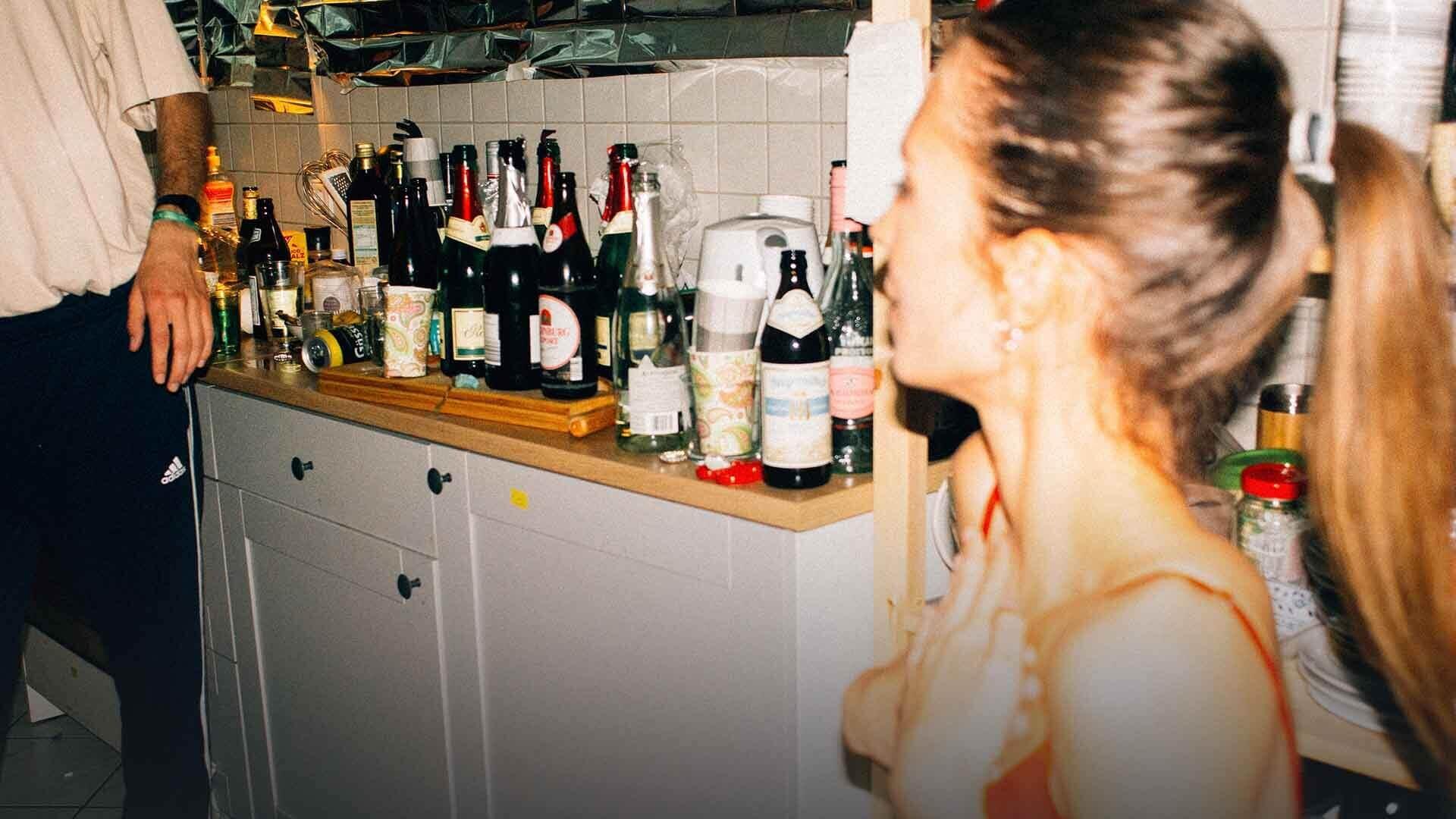Giovani e donne sono sempre più alcolizzati