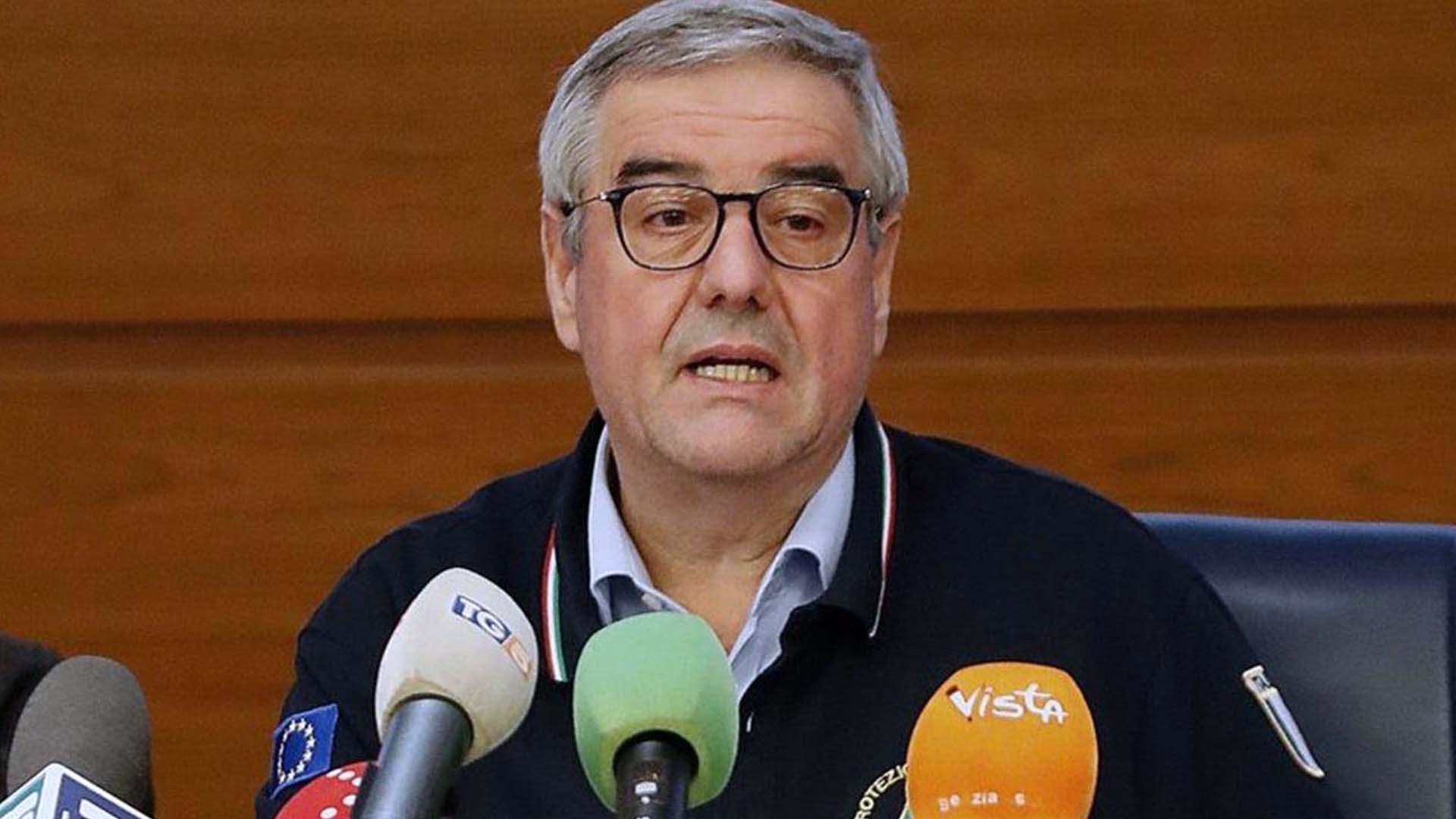 Angelo Borrelli alla conferenza stampa della Protezione Civile