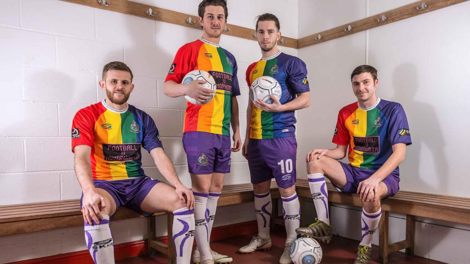 «Sono un calciatore e sono gay». La storia di Rosario