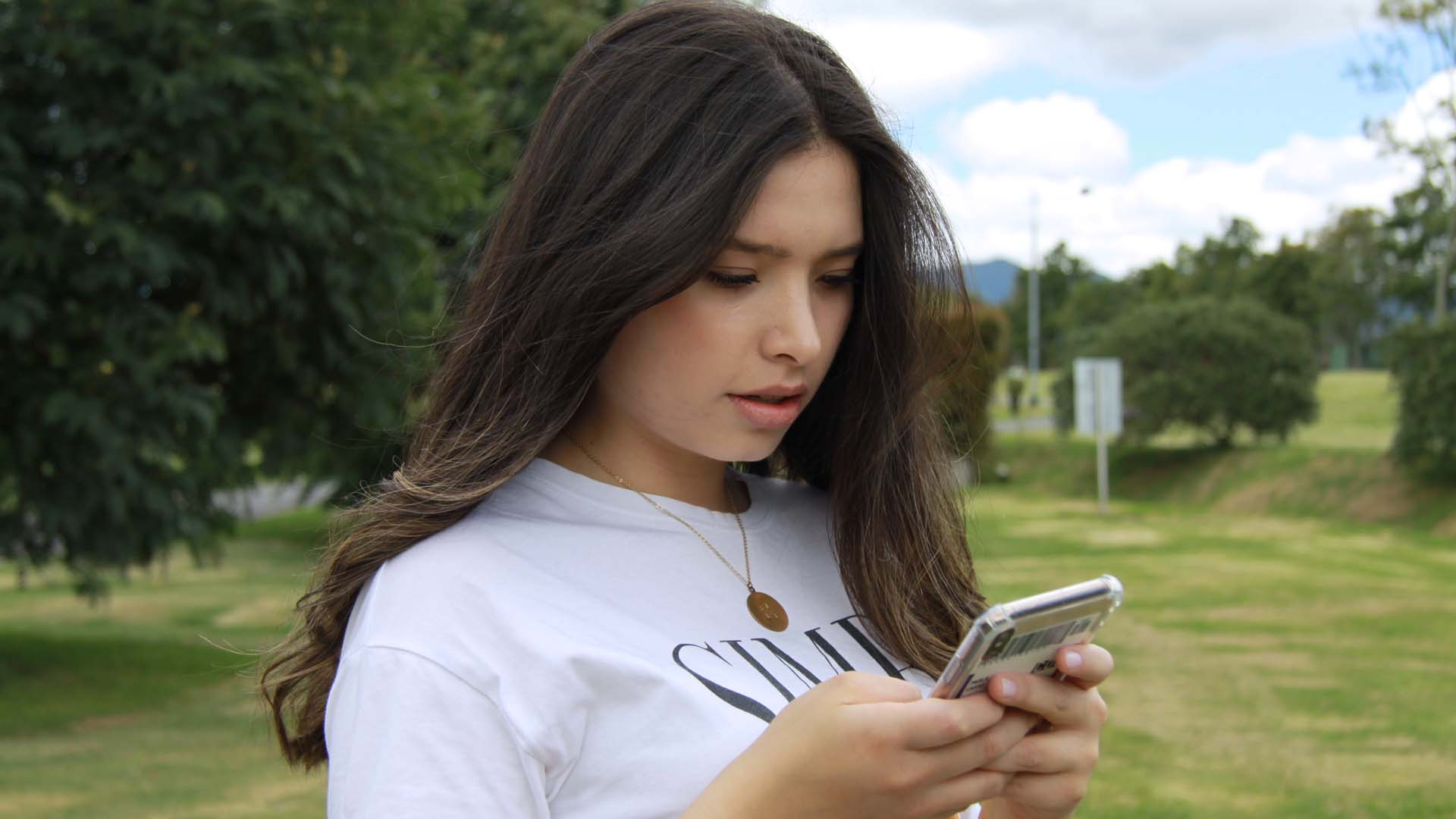 Cassazione: inviare foto hard a minori è violenza sessuale. E il sexting può creare problemi a ogni età