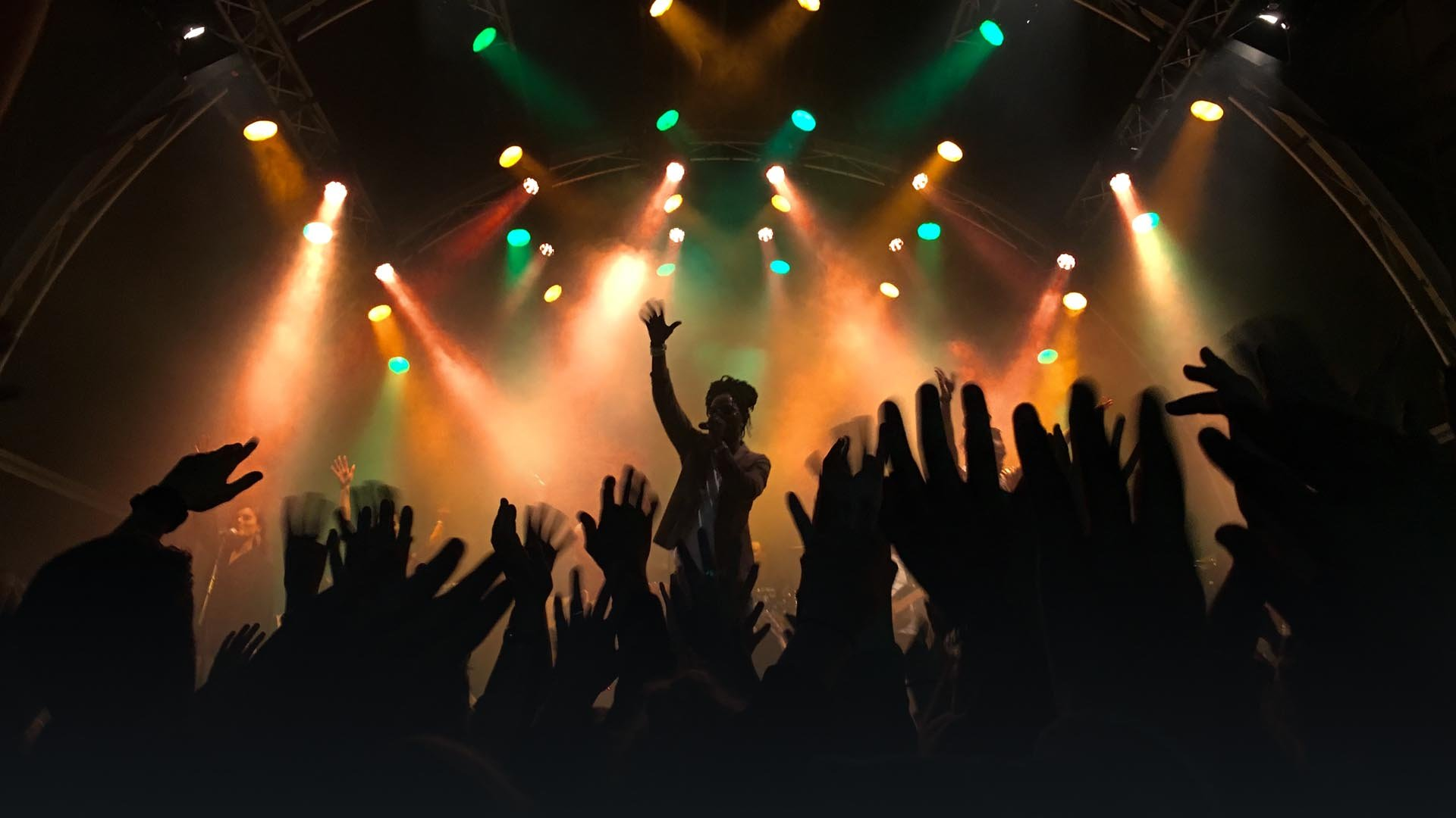Il concerto in Spagna è stato un successo. Perché non facciamo come loro?