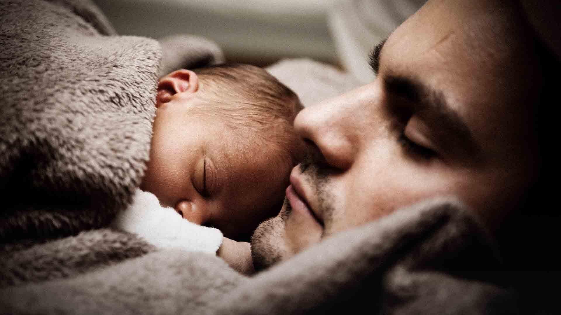 Un padre su dieci soffre di depressione post parto