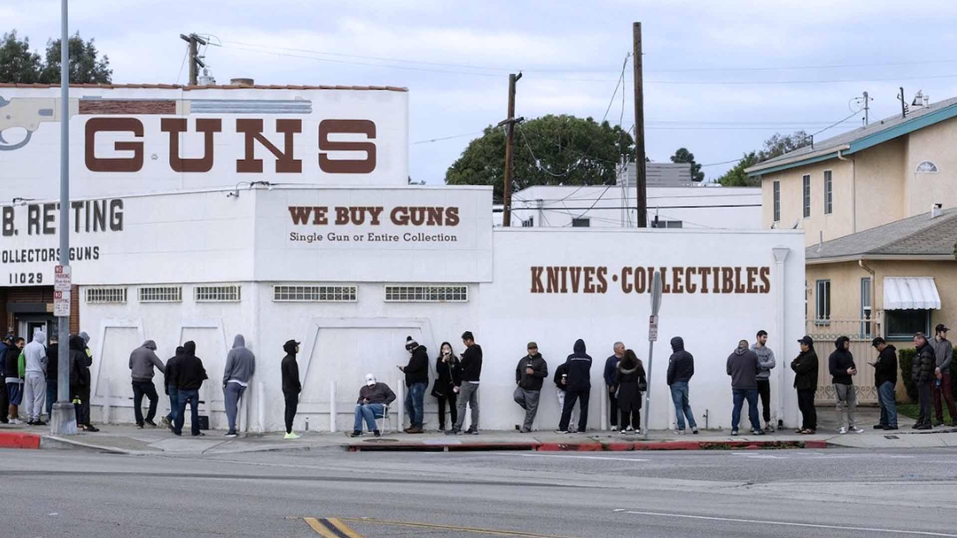 Le file per le armi in America per l