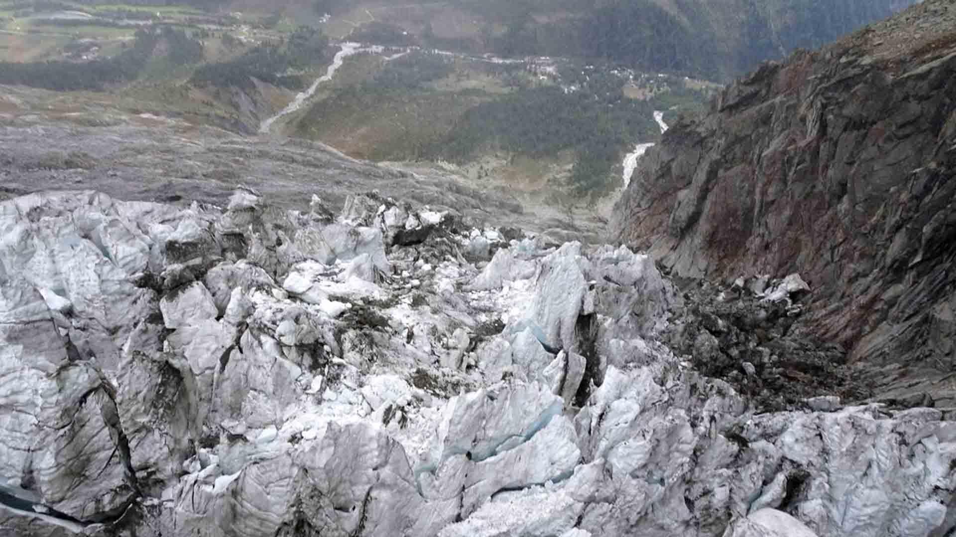 Il ghiacciaio Planpincieux sta cadendo