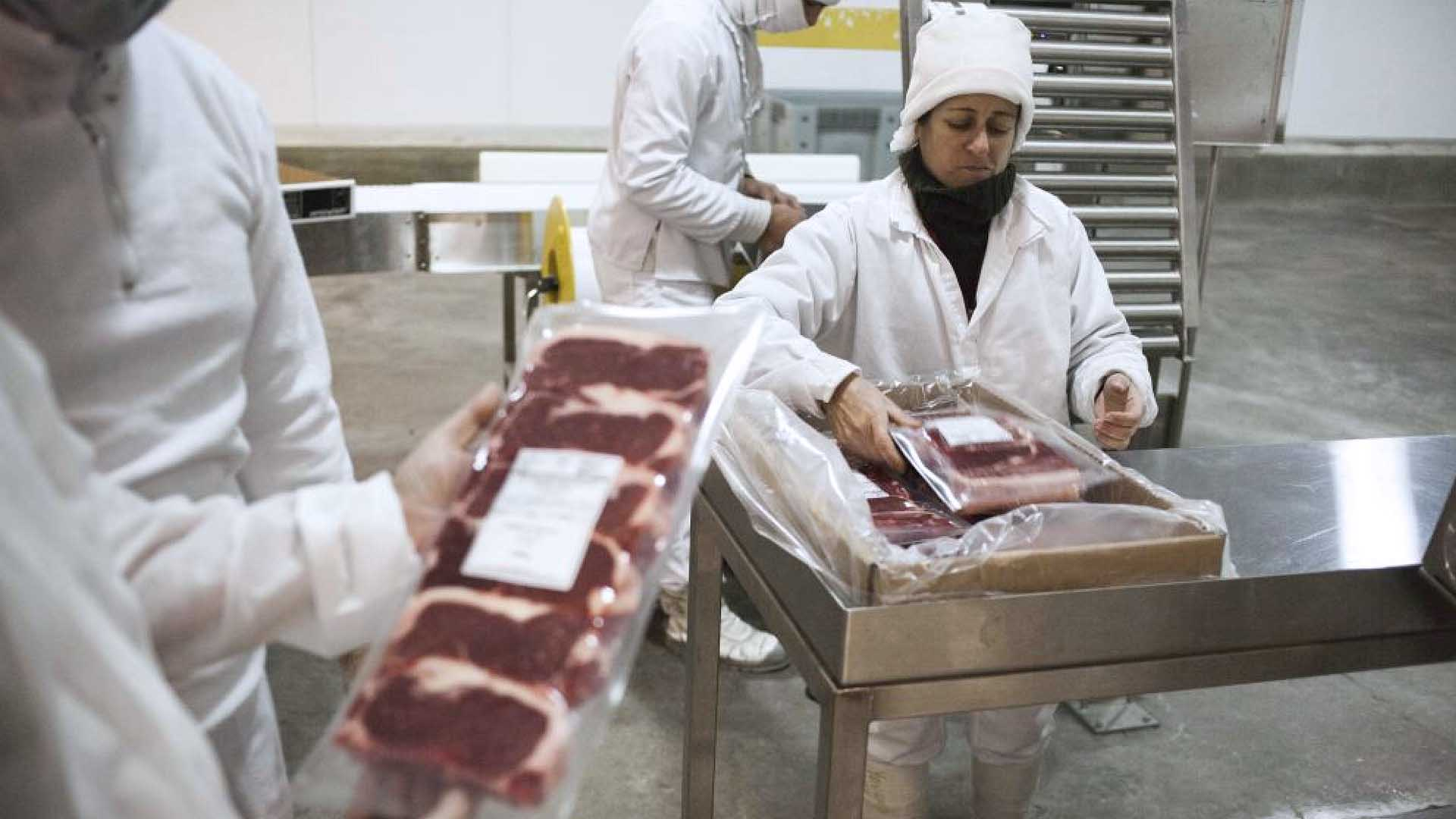 Meat is Uruguay - © Claudio Morelli