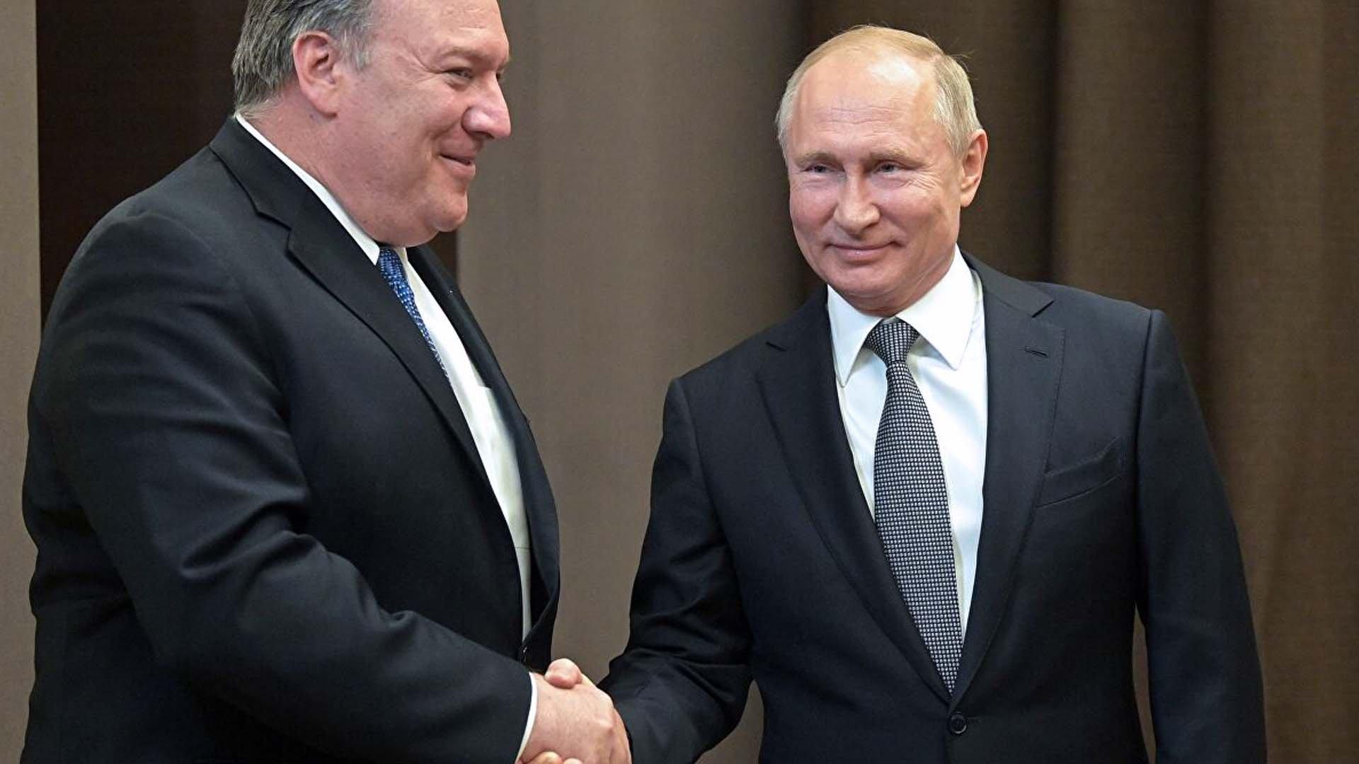Mike Pompeo e Vladimir Putin