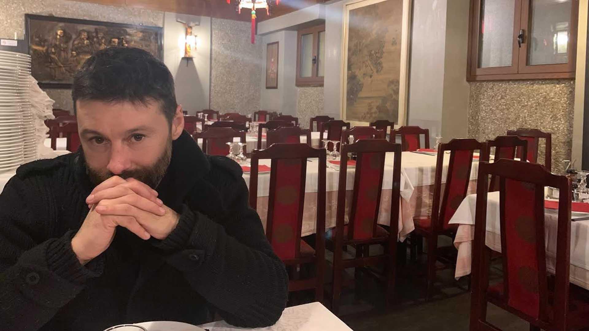Nel vuoto cosmico di un ristorante cinese