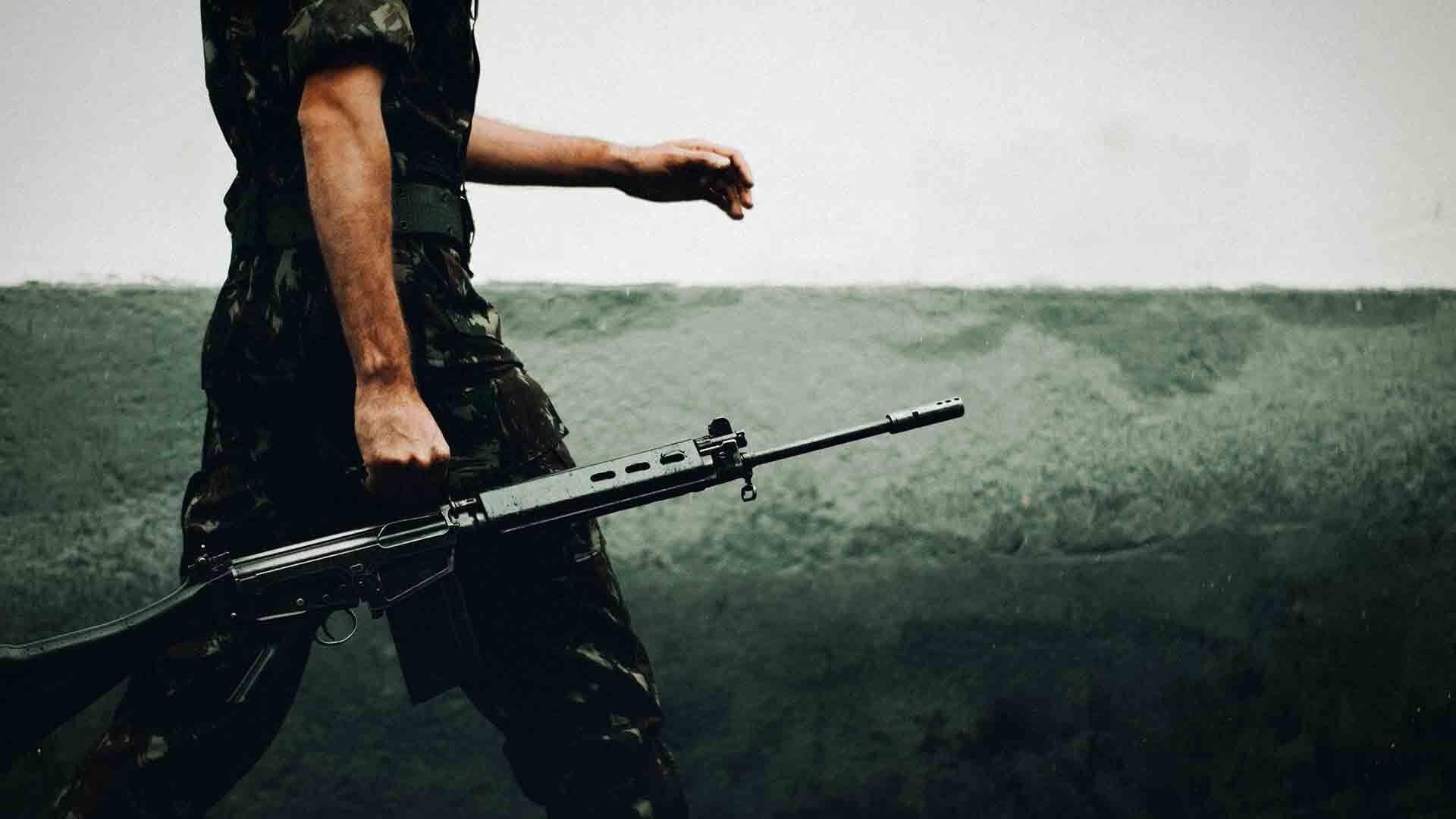 La pandemia non ferma le armi. L