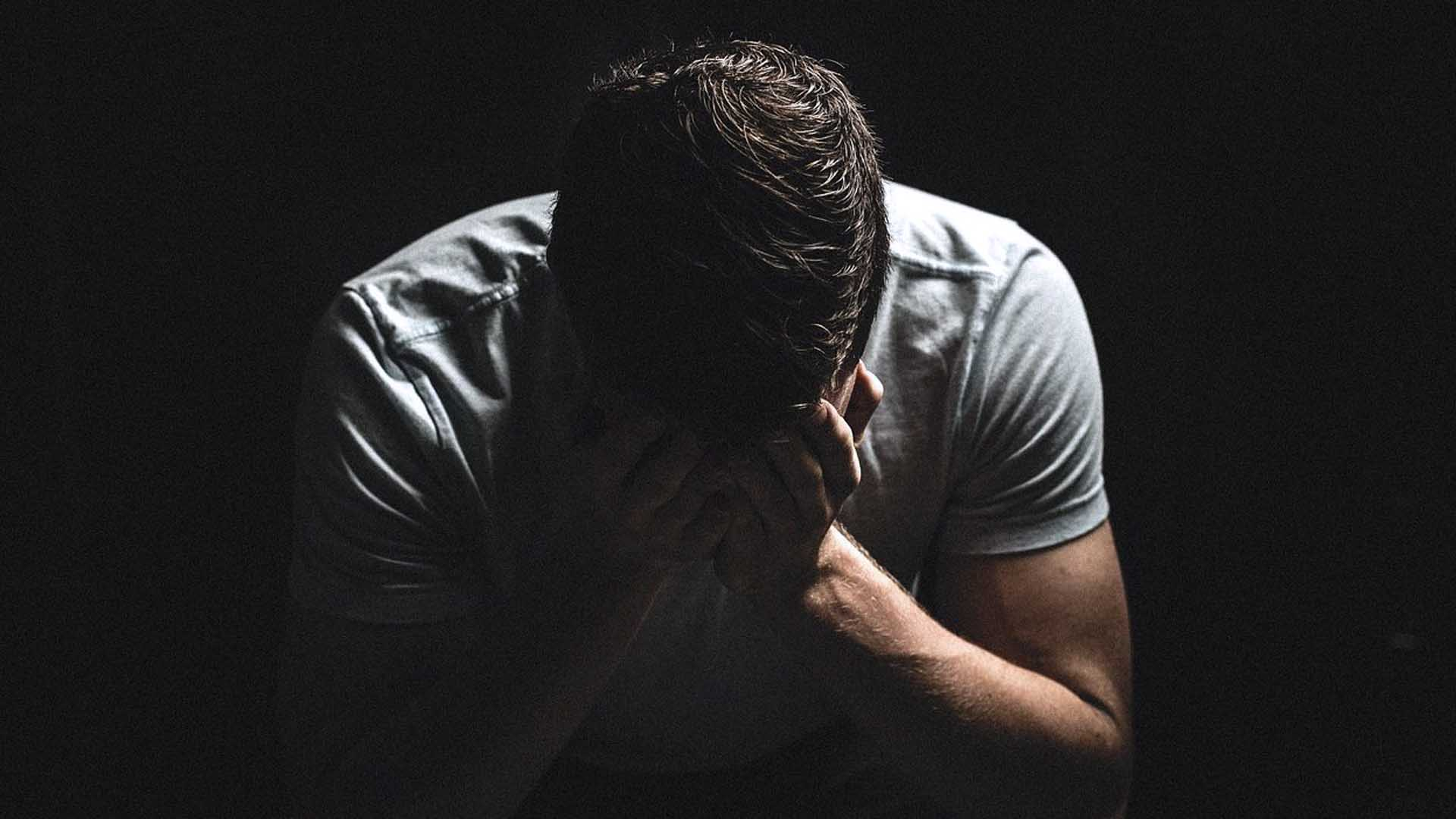 Il 51% delle vittime di NCP pensa al suicidio